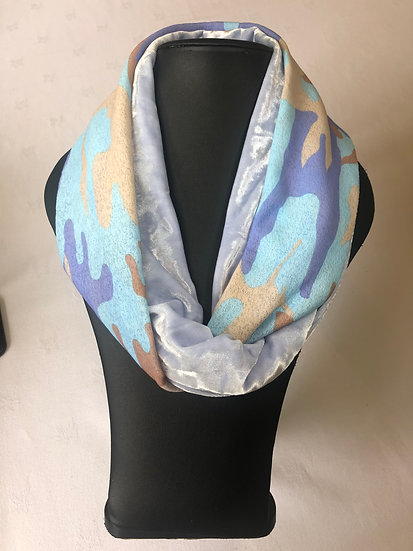 Two tone velvet snood
