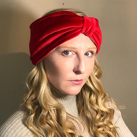 Velvet lined headband with Bow front