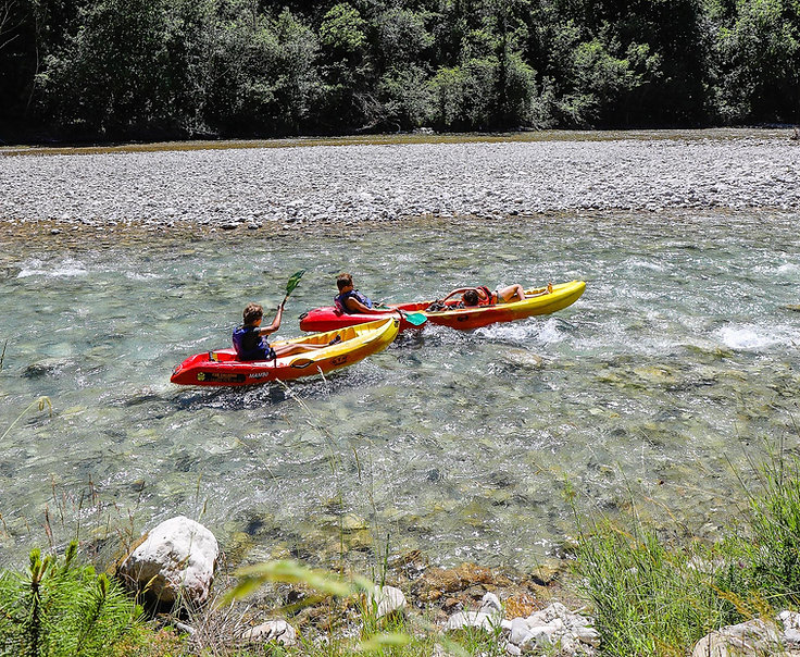 Canöe dans la rivière Drôme