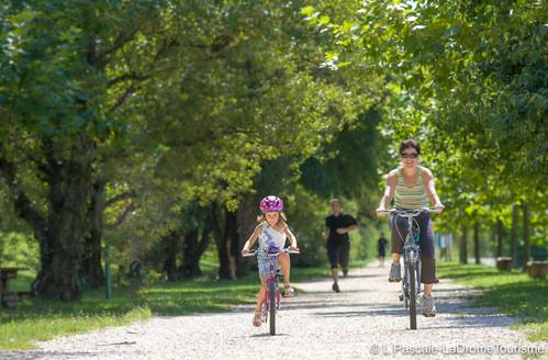 Balade en famille sur la Vélodrôme