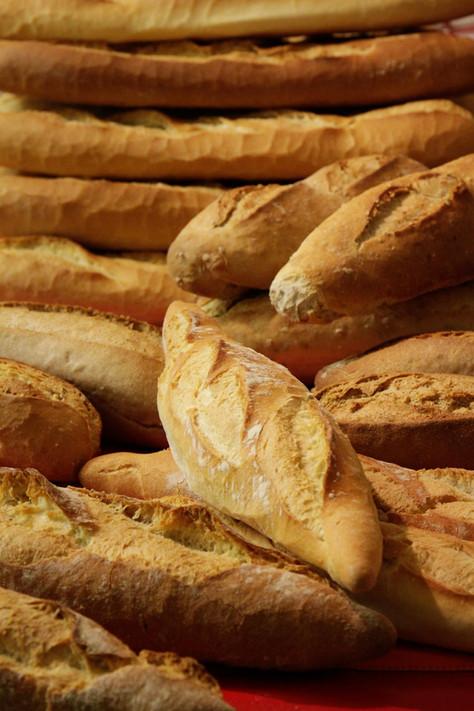 Le pain frais tous les matins en juillet-août