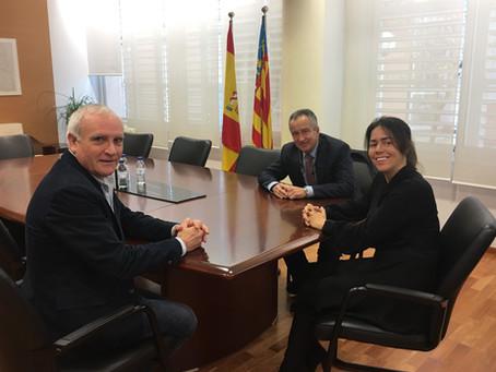El Secretario Autonómico de Cultura y Deporte de Valencia recibe la presidenta de la Fundación Brito