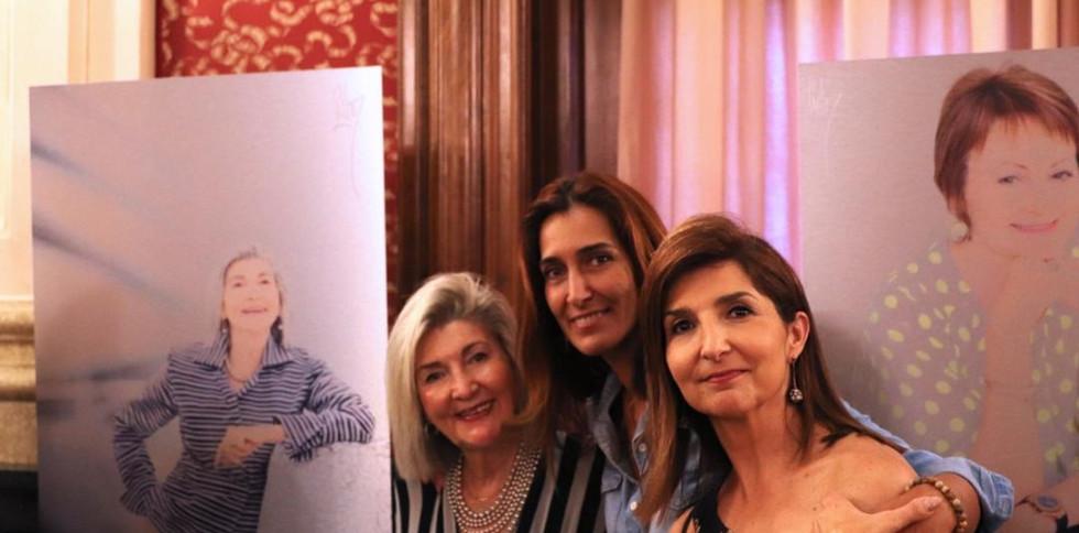 Presen Rodriguez y sus hijas Presen Cosme y Isabel Cosme