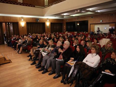 Luciana Brito en la presentación del libro de Dña. Marisa Marín, cofundadora del IALE.