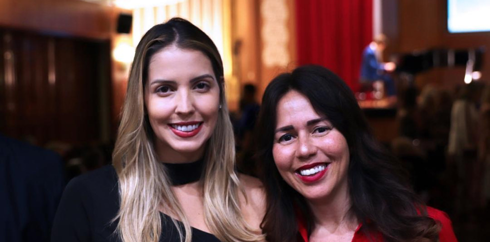 Gabriela Mendonça y Luciana Brito