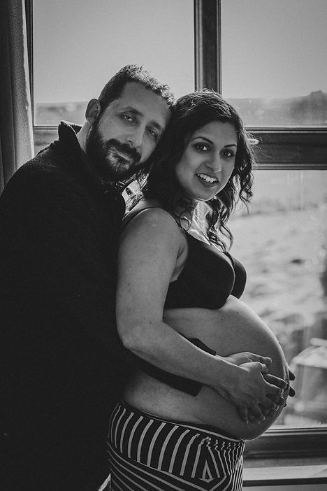 maternity couple black and white