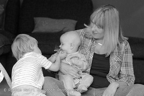 woman breastfeeding, woman nursing, mummy milk, mama milk, black and white photography, mummy and baby, baby stockport breastfeeding photography, breastfeeding photographer, breastfeeding stockport, breastfeeding manchester