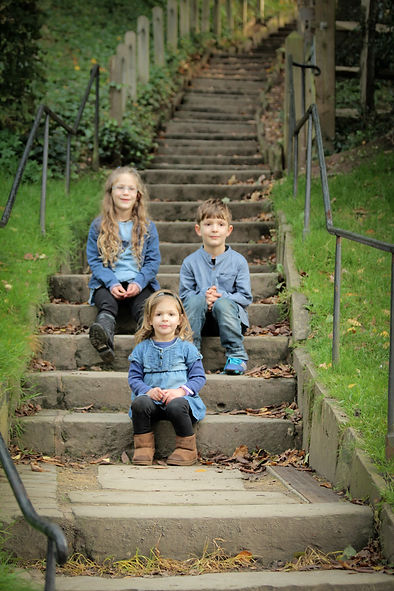 quarry_bank_mill, photoshoot, family_photo_shoot, Family_portrait, family portrait, family photographer, Stockport_photography, Cheshire_photography, 3 monkeys