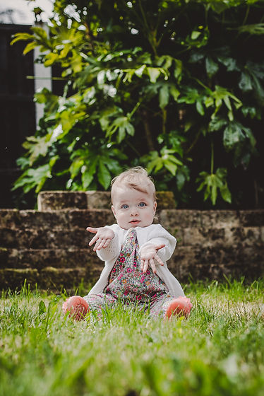 baby girl, baby girl sitting, baby photography