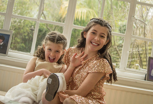 beautiful girl, bat-mitzvah, bat-mitzvah girls, stockport photographer, manchester photographer, family photoshoot, family photos
