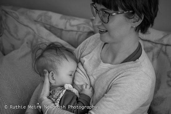 woman breastfeeding, woman nursing, mummy milk, mama milk, black and white photography, mummy and baby, baby stockport breastfeeding photography, breastfeeding photographer, breastfeeding stockport, breastfeeding manchester, b&w photography