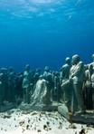 The-amazing-underwater-statues-of-MUSA-C