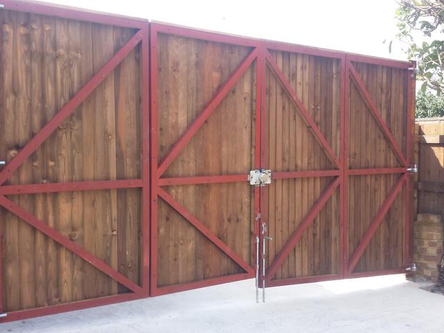 Bi Fold Gate