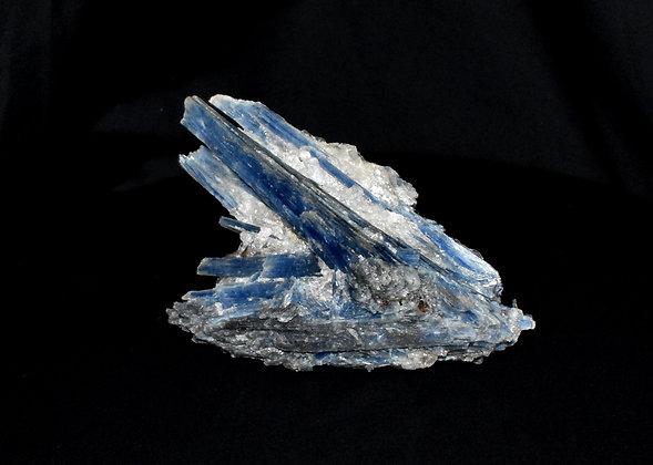 Kyanite in Quartz