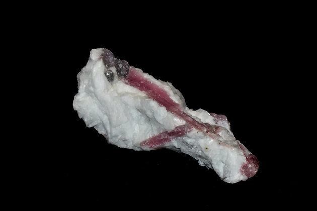 Rubelite in Quartz