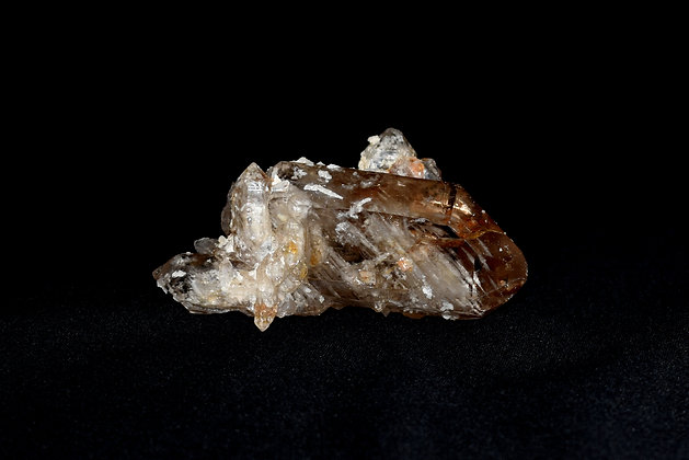 Quartz Jarce w/ Albite