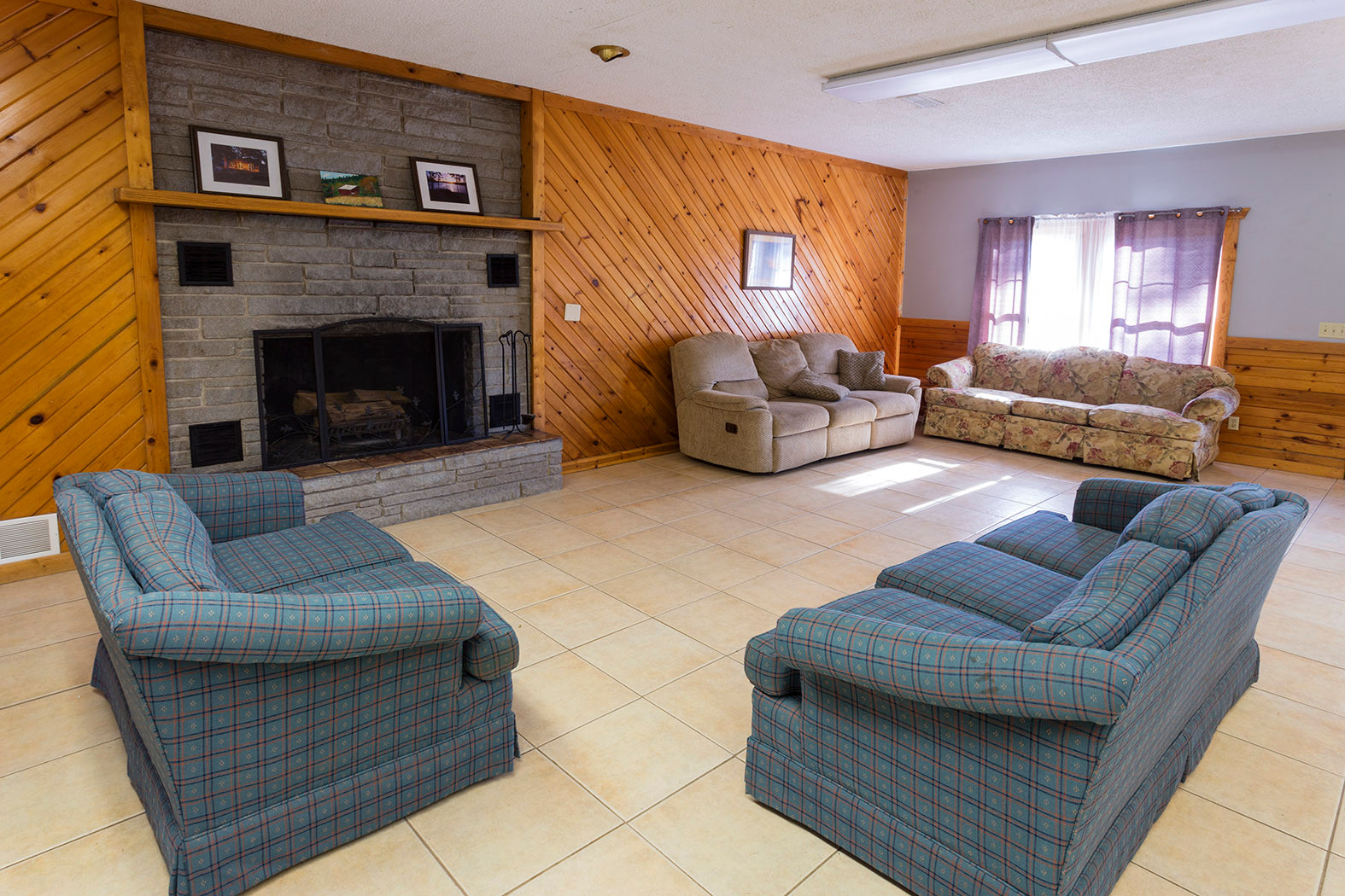 Stern Lodge Common Room