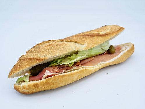 Sandwich jambon cru cornichon