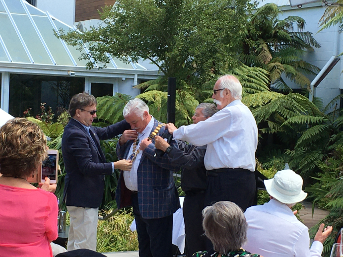 Peter Morrison receives the Skal World Chains from former Presidents, Tony Boyle, Phil Sims and Max Kingston