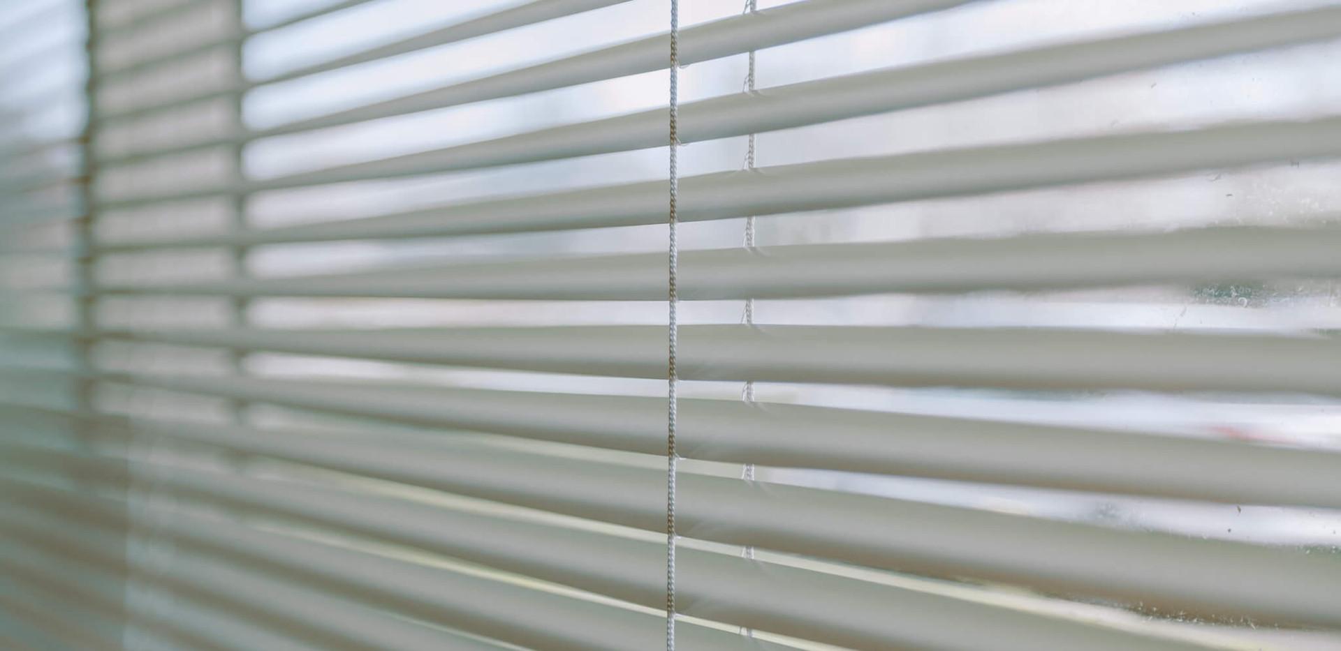 Graber Aluminum Mini Blinds
