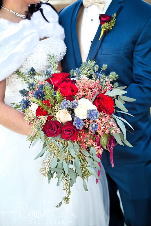red and blue winter bouquet