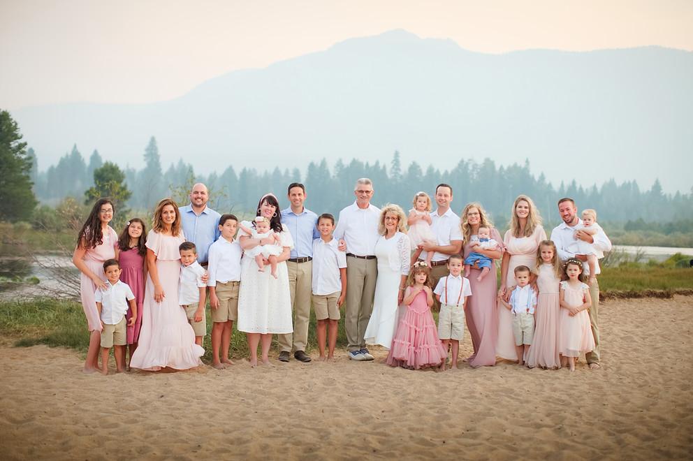 alyssafamilyportraitsyr2-31.jpg