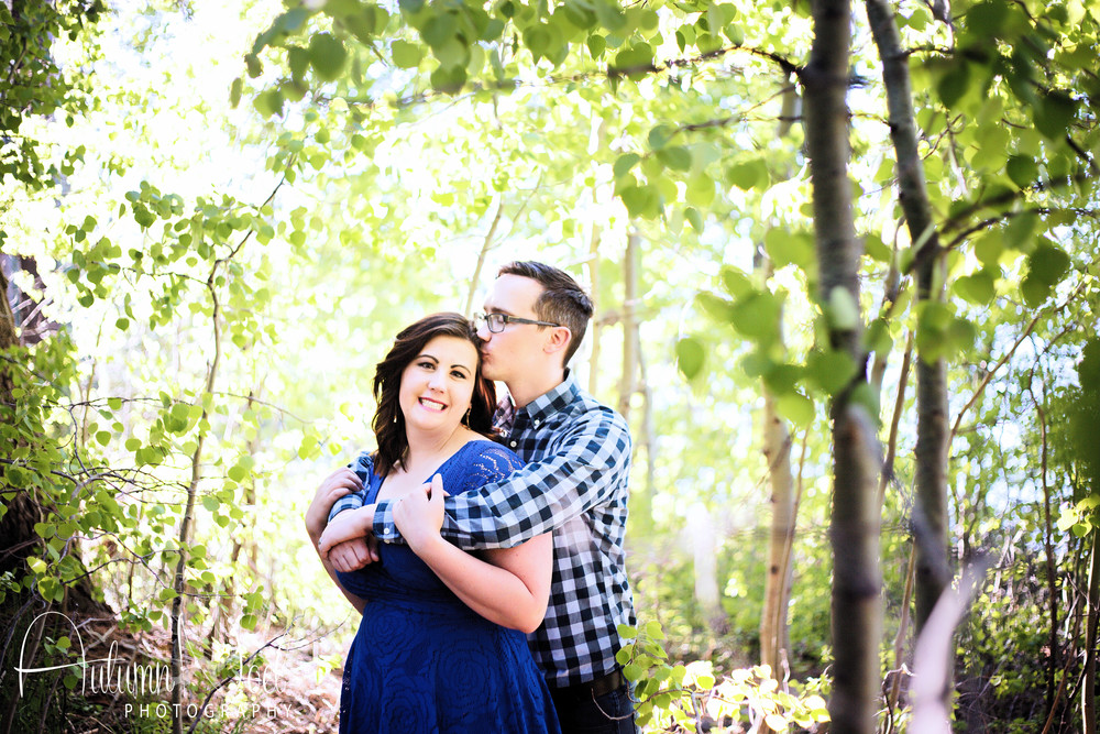 aspen trees engagement photo