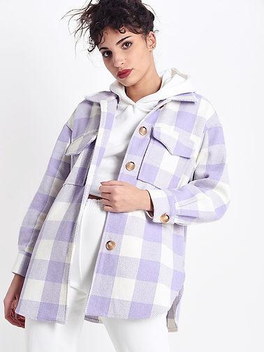 Jacke Oversize Lila weiß1.jpg