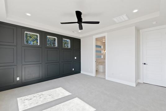 Interior View (14).jpg