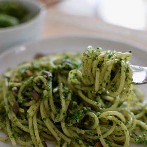 Kale & Pepitas Pesto Pasta (Vegan)