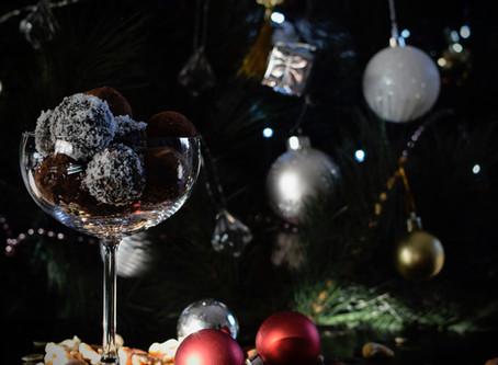 Gluten-free & Vegan Christmas Rum Balls