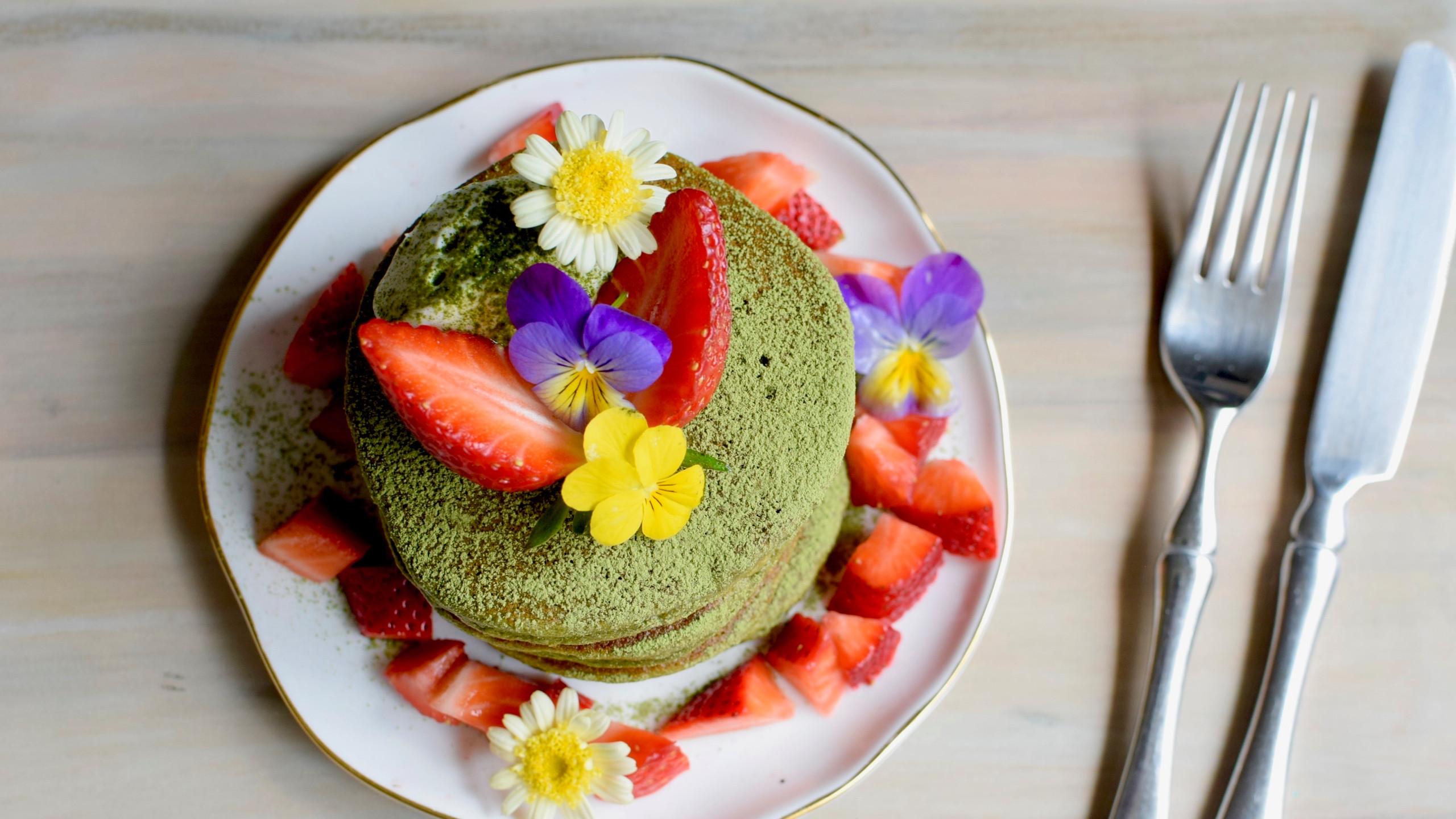Mulberry Matcha Pancakes