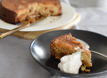Apple Cinnamon Cake (Vegan & Gluten-Free)