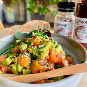 Sashimi Salmon & Avocado with Dipping Sauce