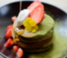 Carwari recipe - Mulberry Matcha & Sesame Flour Pancakes