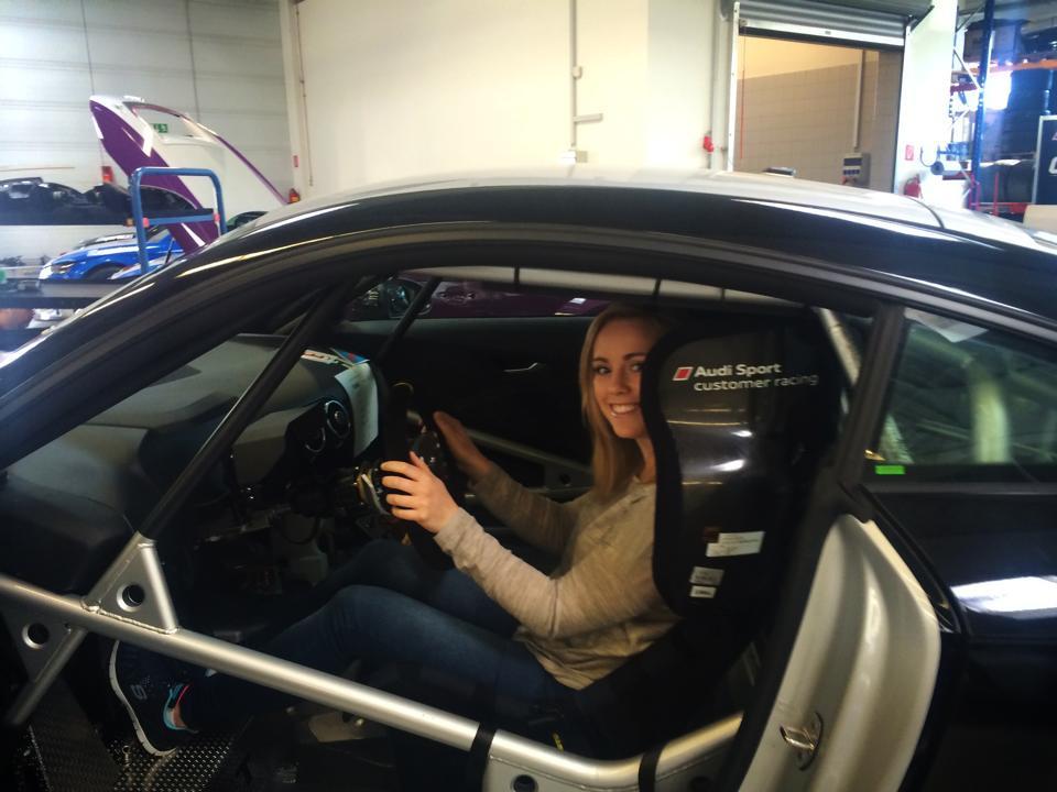 Seat Fitting Mikaela 2.jpg