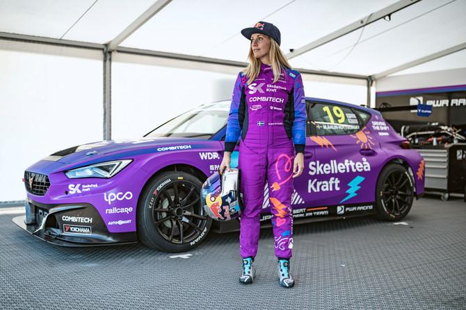 PWR förlänger kontraktet med Mikaela Åhlin-Kottulinsky som siktar på STCC-guldet
