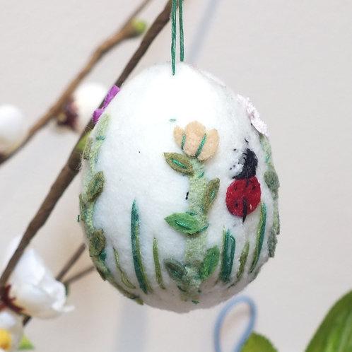 Wool Mix Pattern Egg Hanging Decoration
