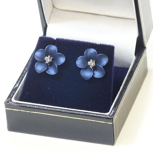 Navy Flower Pierced Earrings