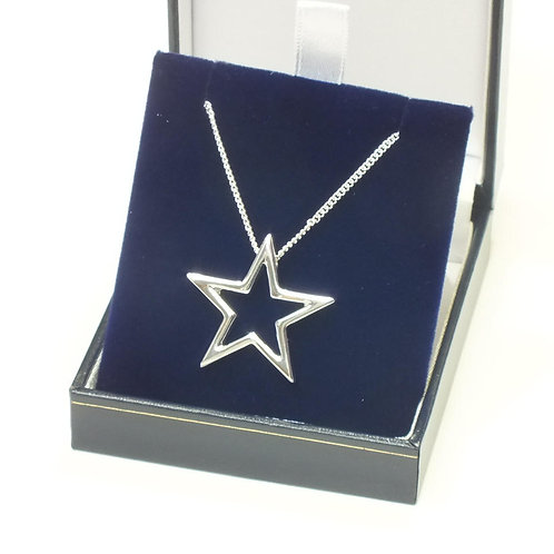 Rhodium Necklace With Star Pendant