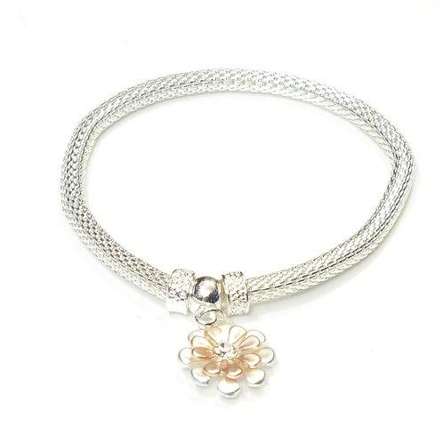 Rhodium Elastic Bracelet With Daisy Charm