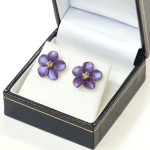 Pierced Stud Earring with Enamel Purple Flower and Gold plated detail