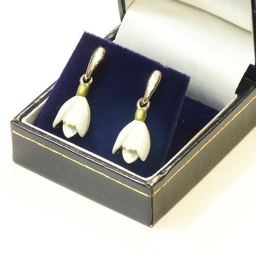 Snowdrop Drop Pierced Earrings