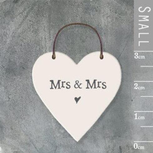 Little Heart Sign-Mrs & Mrs