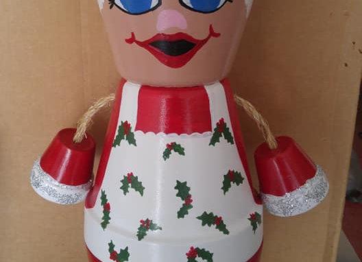 Mrs. Claus Pot Head