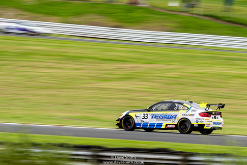 British_GT_Oulton_Park_2020_(15_of_42).j
