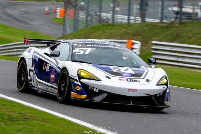 British_GT_Brands_Hatch-2922.jpg