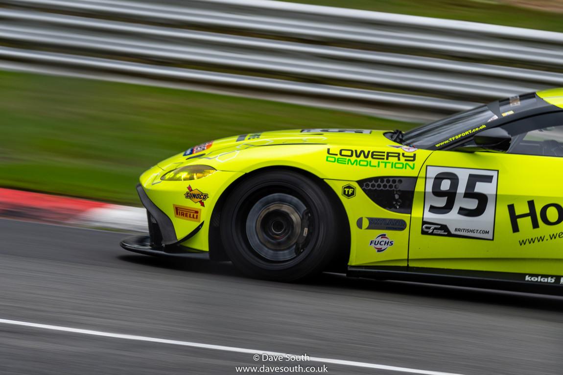 British_GT_Brands_Hatch-1556.jpg