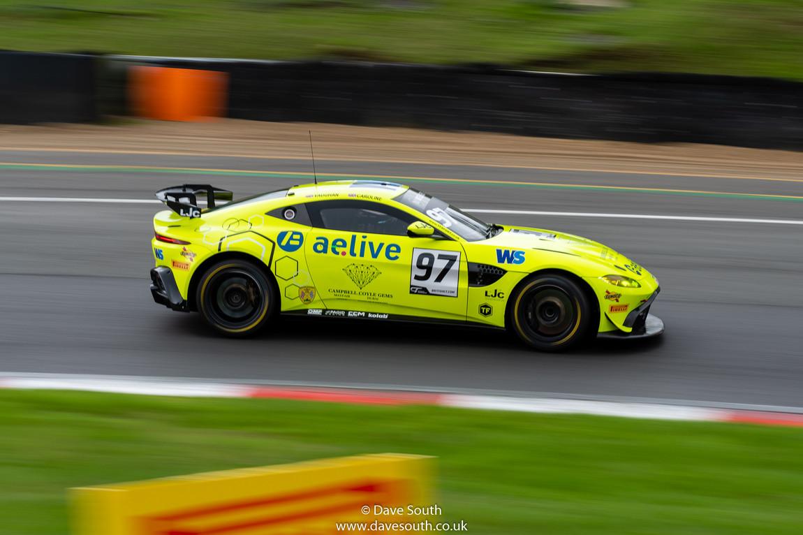 British_GT_Brands_Hatch-4034.jpg