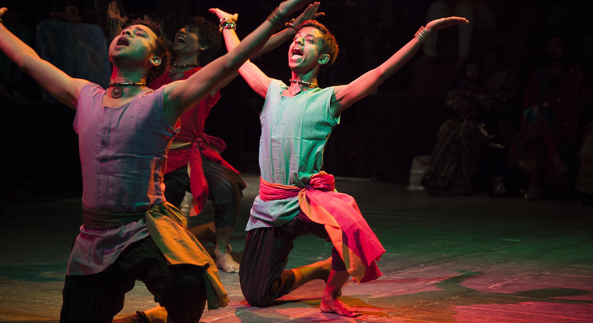 Hanif-performing.jpg